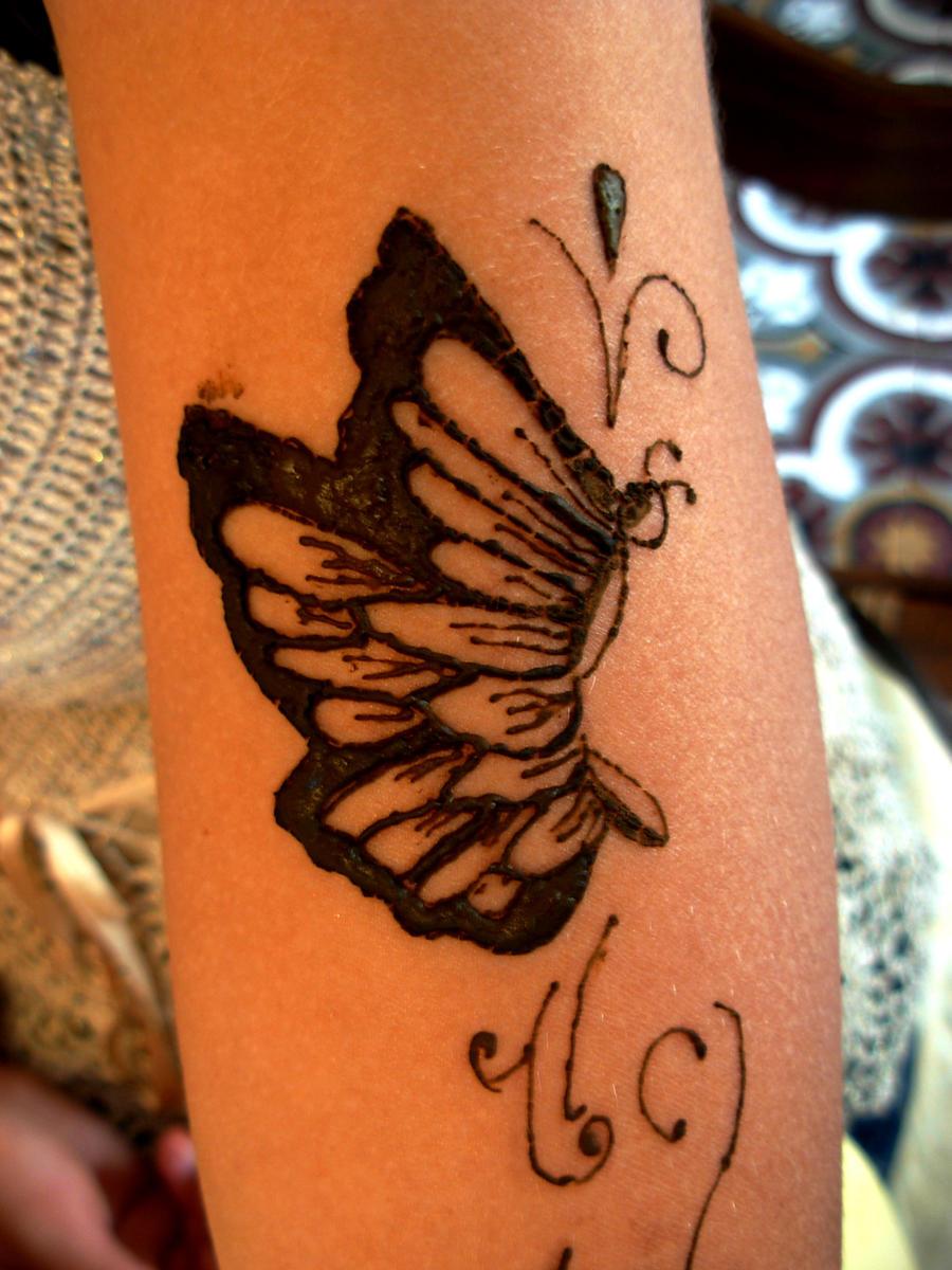 Mehndi Tattoo Butterfly : Henna art