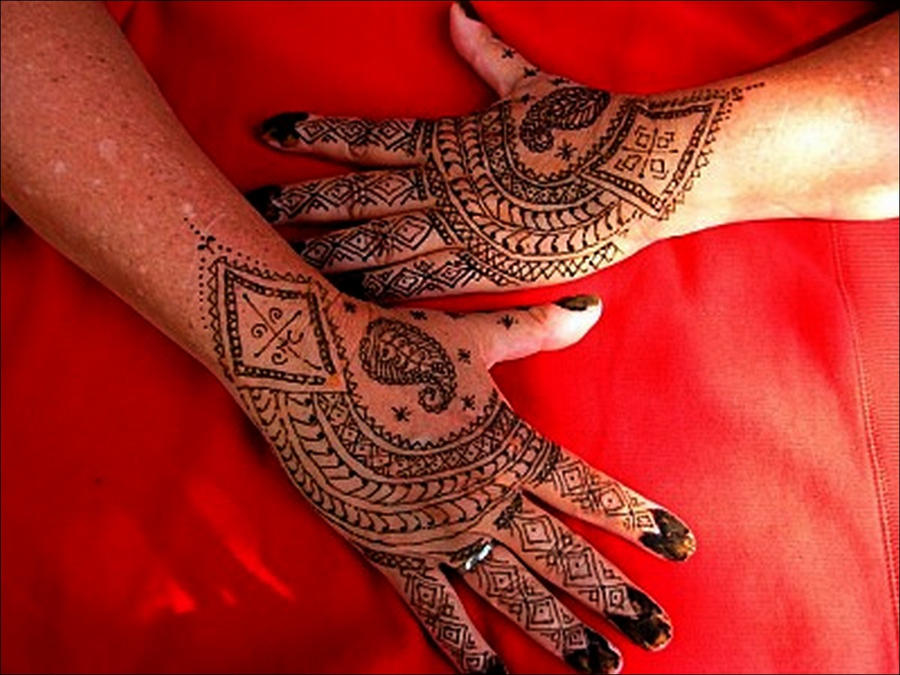 Mehndi Tattoo Hands : Henna hands pictures images pics tattoo hand designs