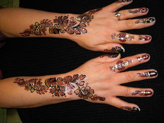 henna tattoo hand design by April-Mo