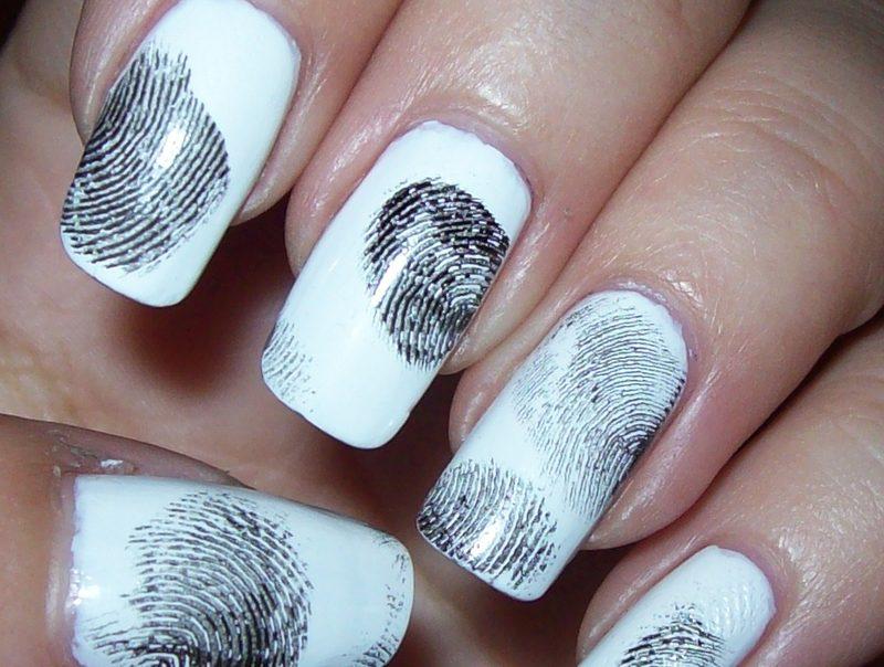Crimi nails :D