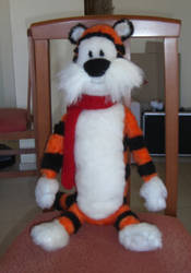 Hobbes plushie by Laurielle-Maven