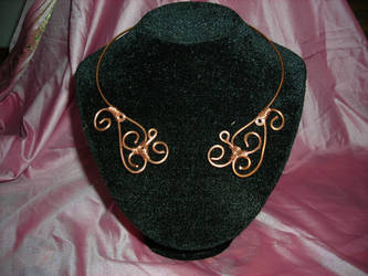 celtic necklace by Syamavallabha