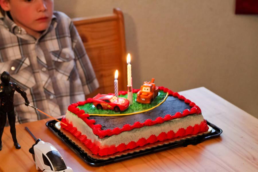 Birthday Cake for Drake by ShawnHenry