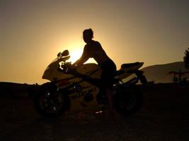Suzuki Sunset by pangy