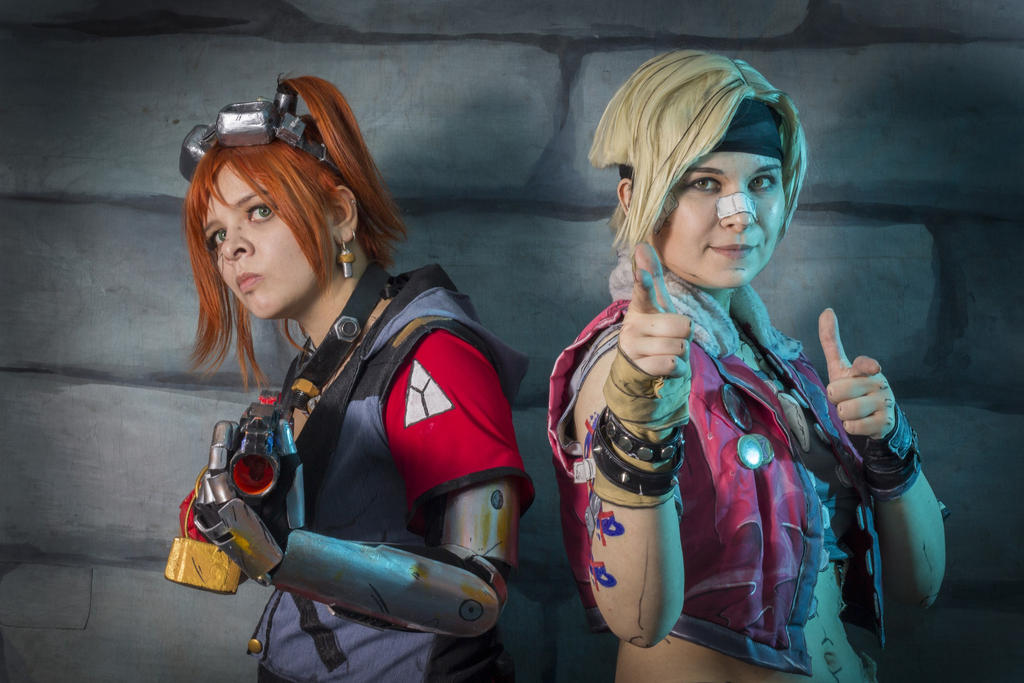 Gaige the Mechromancer and Janey Springs by korry1317