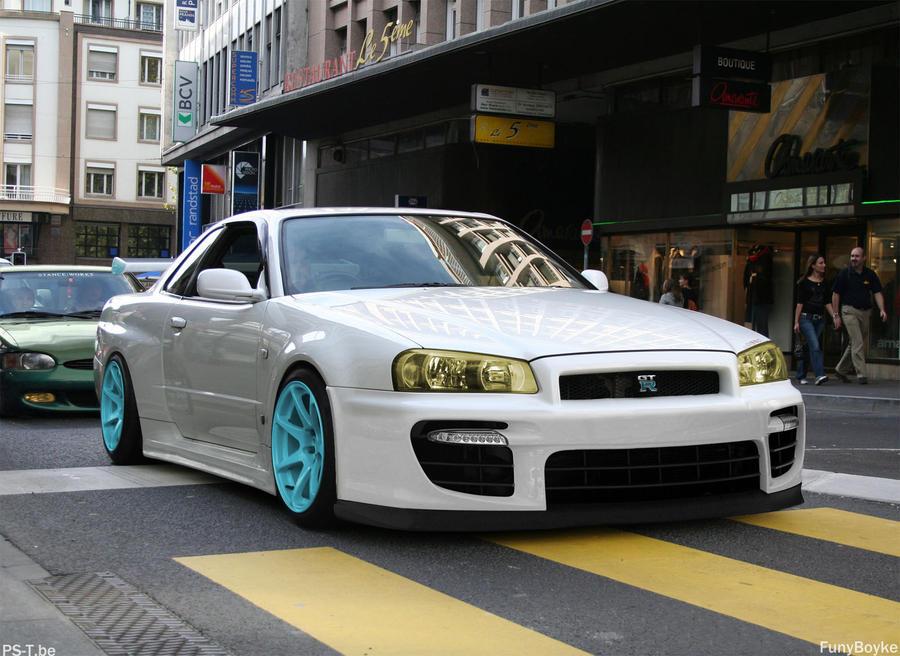 Nissan Skyline GT-r by funyboyke