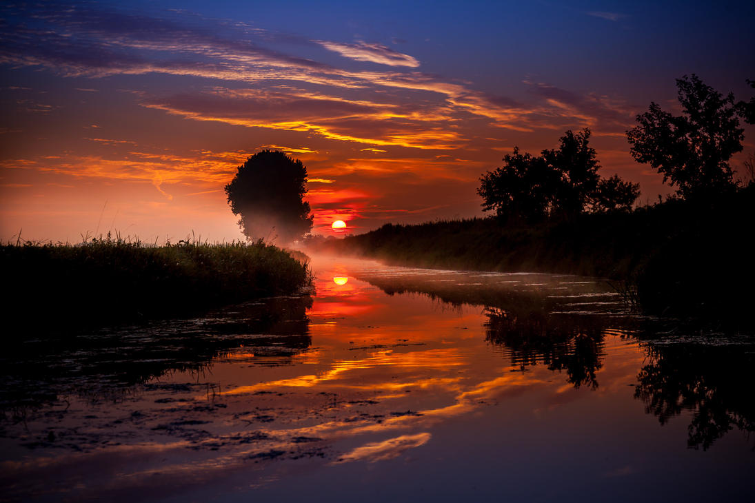 It was a wonderfull morning...... by Betuwefotograaf