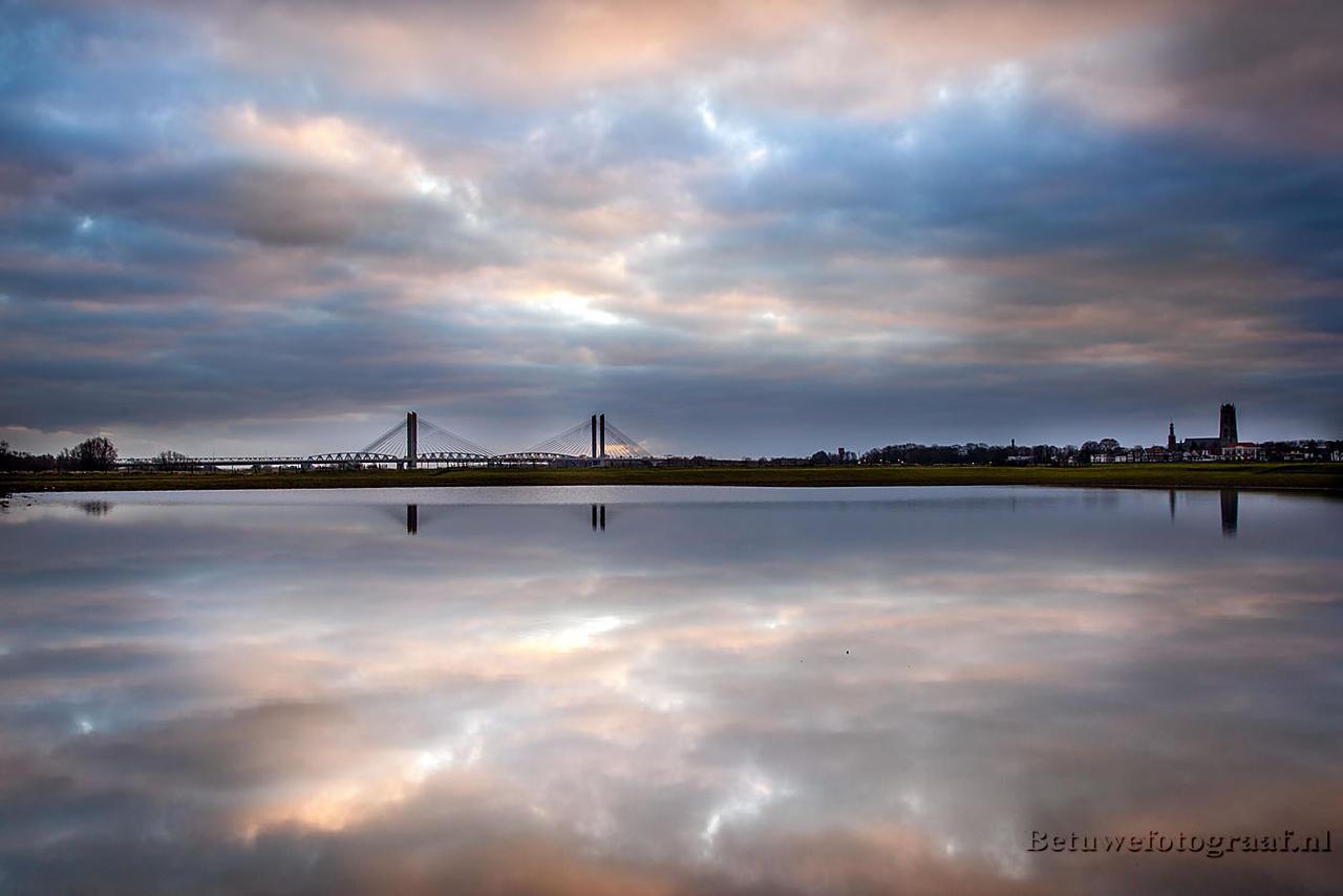 The mirror of............ by Betuwefotograaf