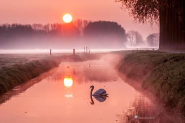 It's looks like a Fairytale......... by Betuwefotograaf