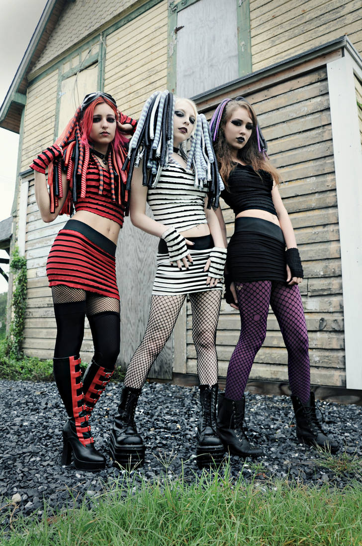 Cyber Goth by bloomsinthenight