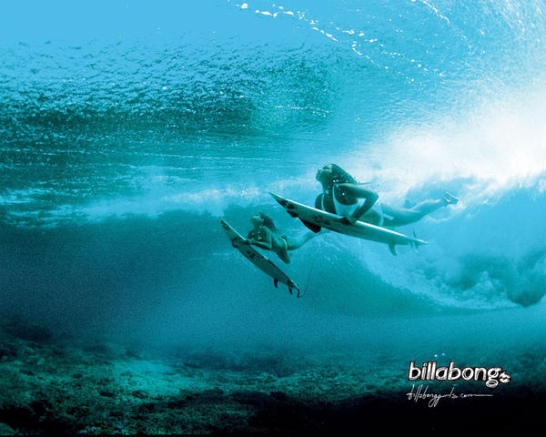 Surf Girls by Thundermanu