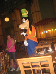 Another shot of Goofy