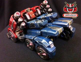 Transformers FOC : Optimus Prime Repaint 02 by wongjoe82