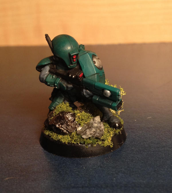 tau firewarrior with pulse carbine by Jaxler