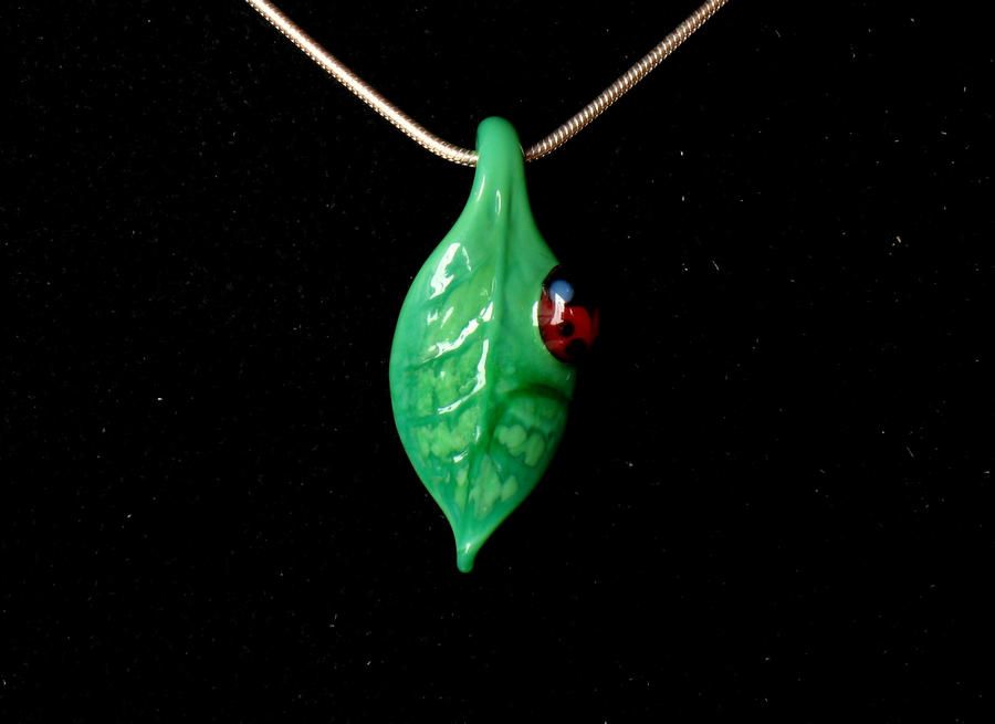Ladybug necklace by Glasmagie