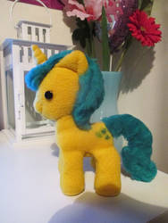 My first MLP plush - Lemon Hearts by Miyukikyki