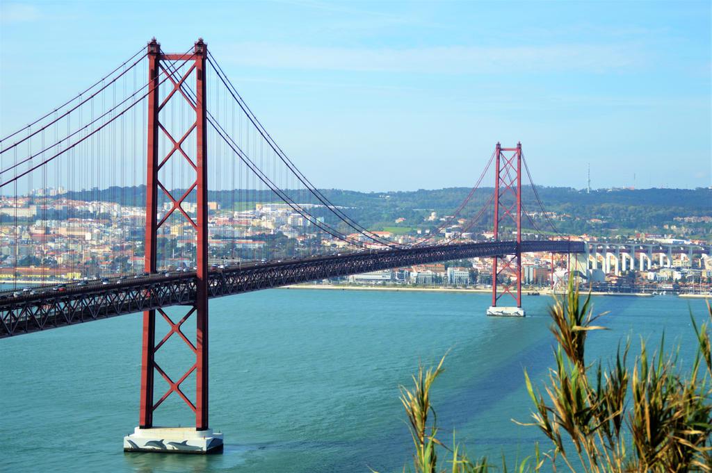 bridge by Darknomnom