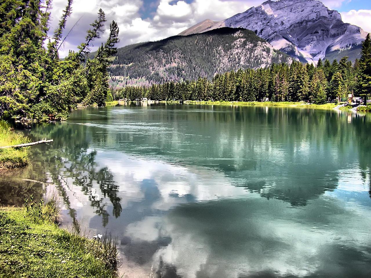 HDR Lake by elfullero