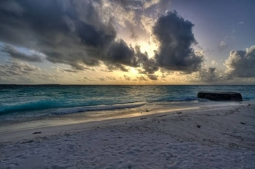 makunudu island - sunset II