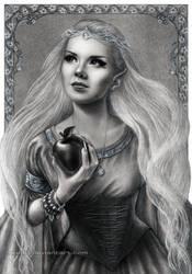 Elven self-portrait by Akadio