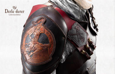 Karos armor right shoulder