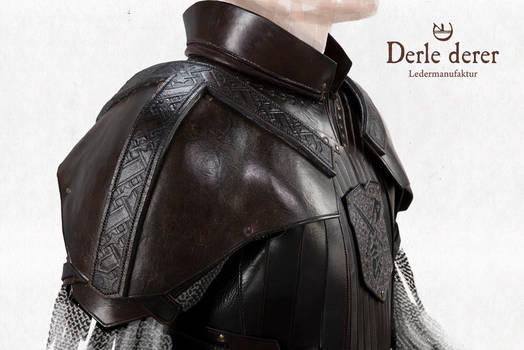 Hauptmann Jorgens leatherarmor Front closeup
