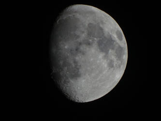 Moon 6-8-14 by NoxSiedel