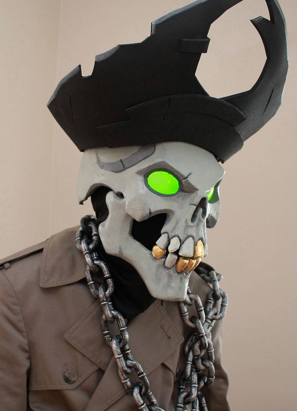 skull with a hat
