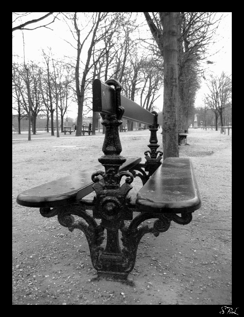 Banc du jardin du luxembourg by babycakes25 on deviantart for Art du jardin zbinden sa