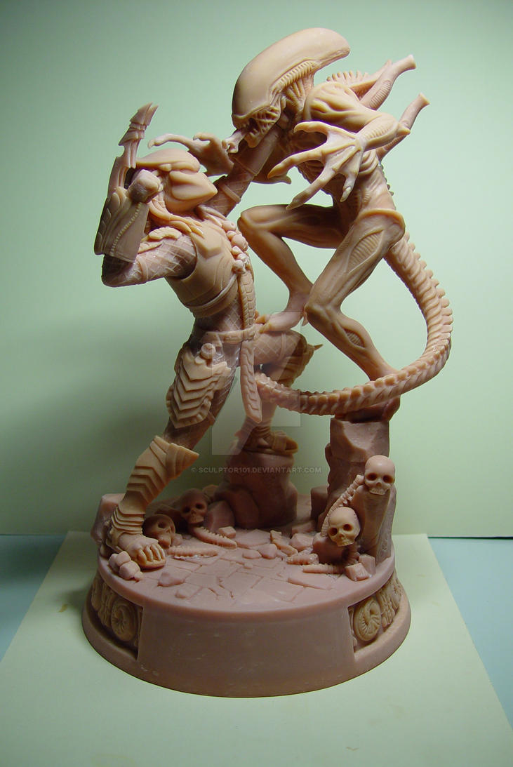 Alien VS. Predator - front view by sculptor101