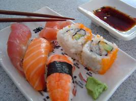 Sushi by flowerteardrop