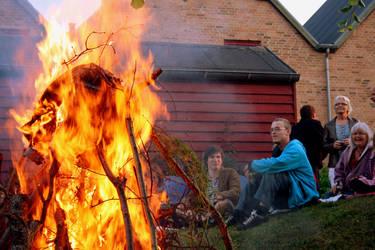 Good Old Fiery Days by SkippZ
