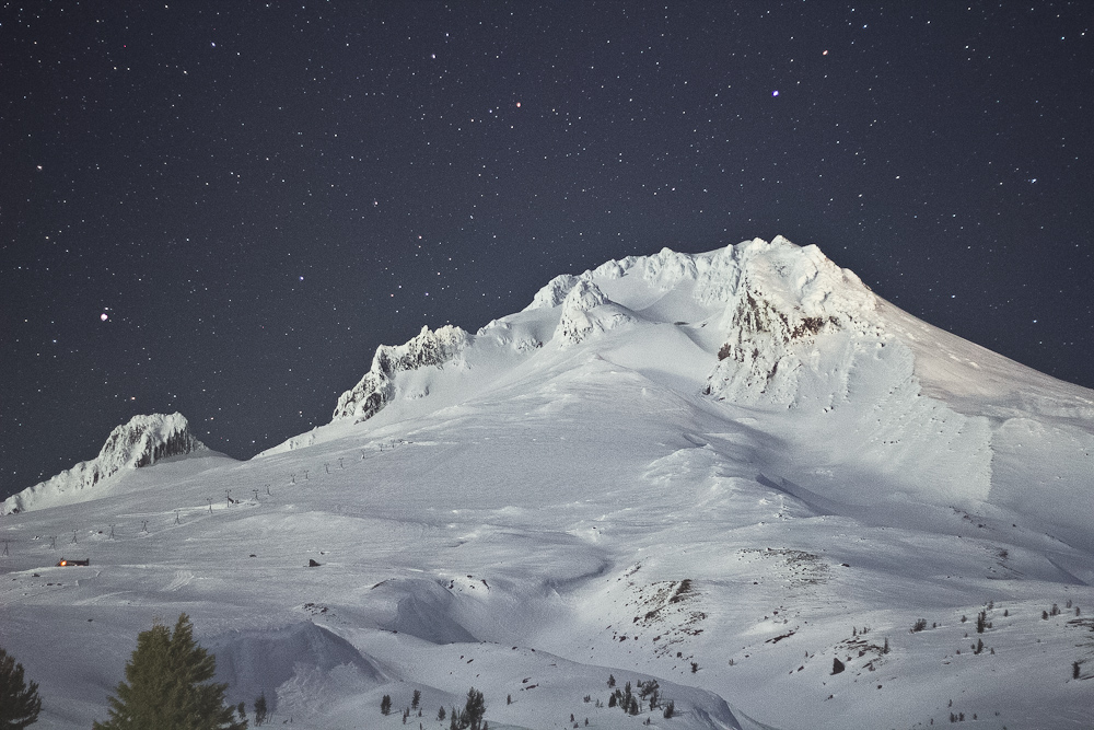 Moonlit Mt Hood by mofig