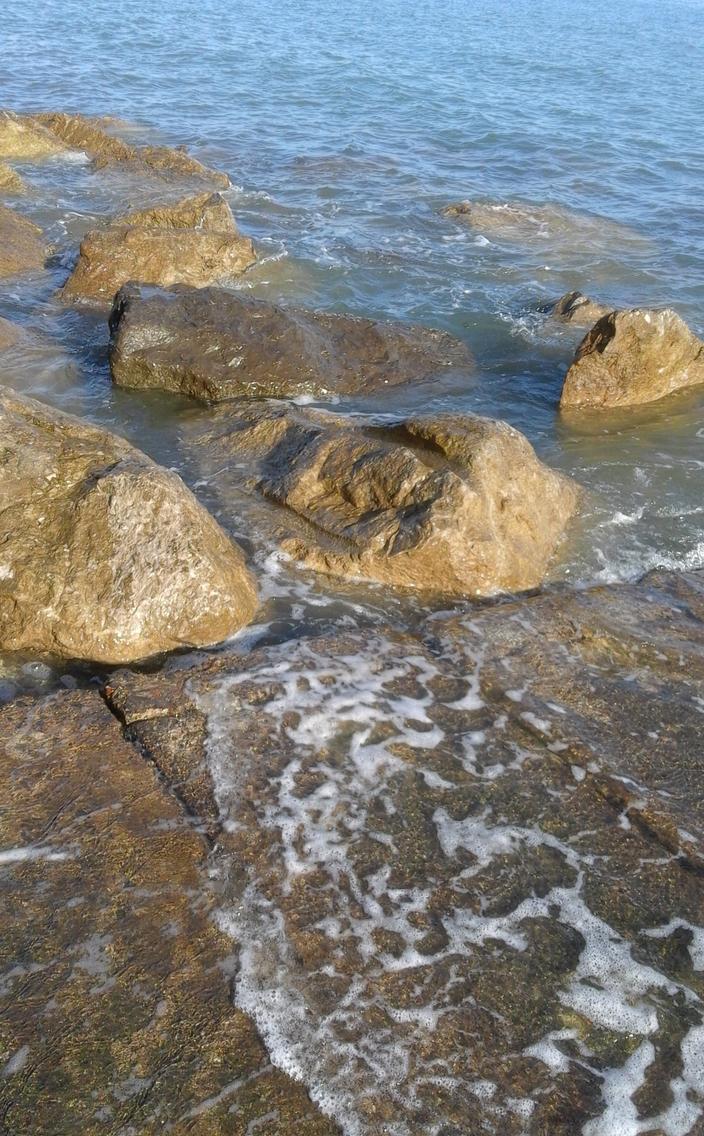 Waters edge by summerhousehill