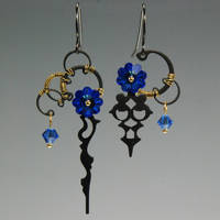 Nyx II v7 Earrings- SOLD by YouniquelyChic