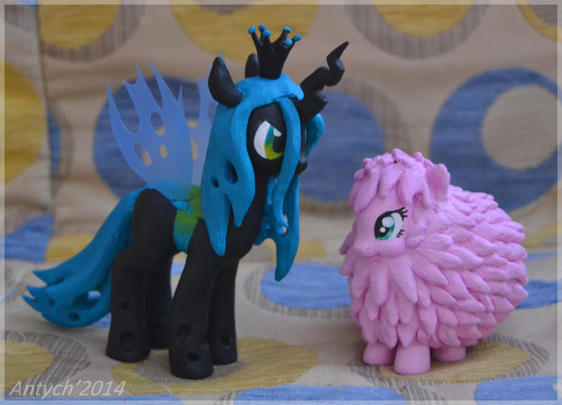Queen Chrysalis figure and Fluffle Puff custom by Antych