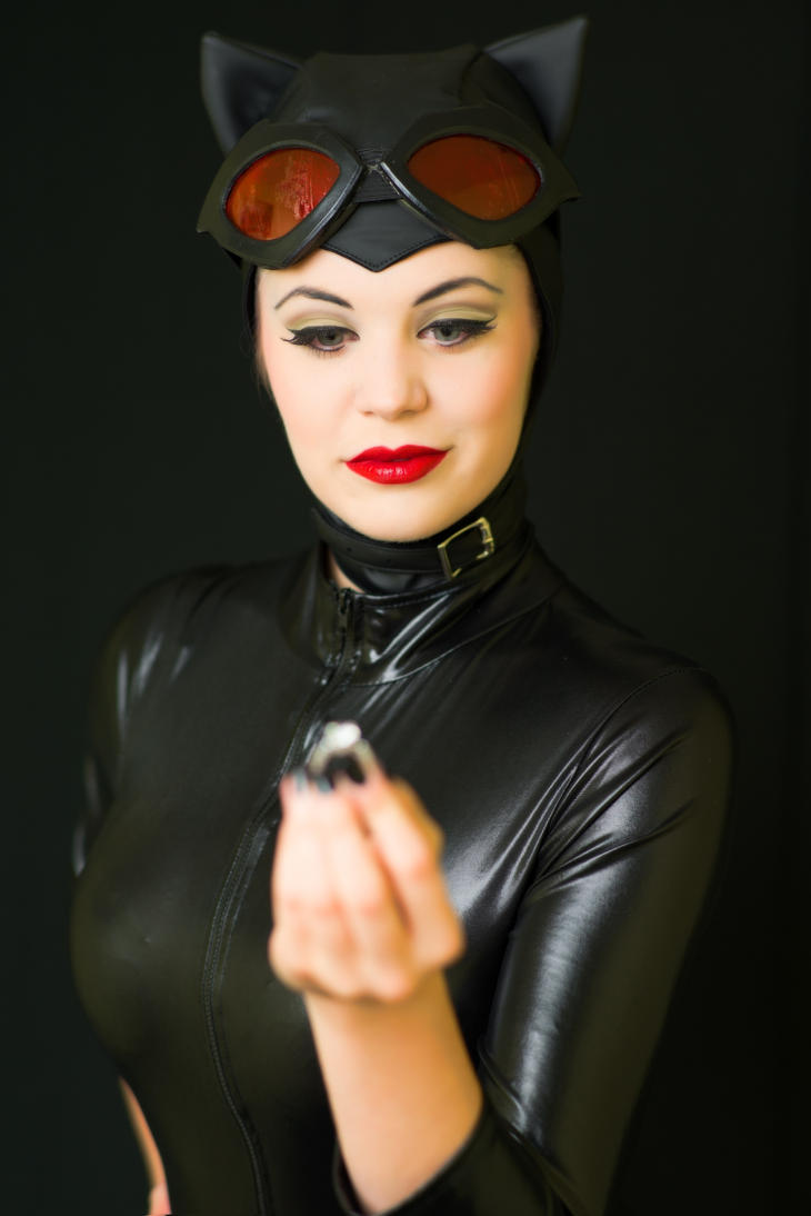 Catwoman::A Precious Ring by Remembrancer19