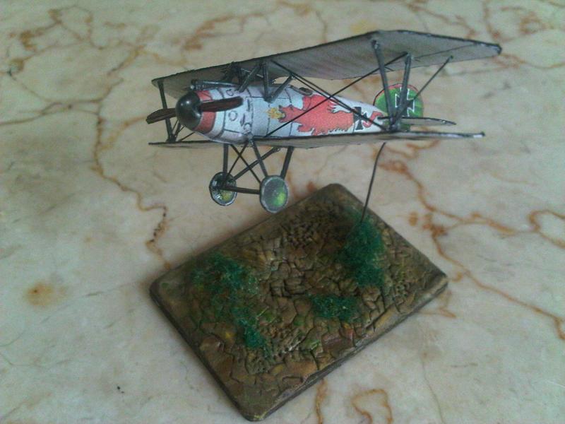 Albatros D.V N-scale diorama by Rajaahsani