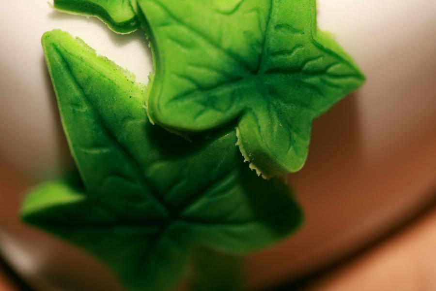 Ivy leaf cake 2 by Reflection1990 on deviantART