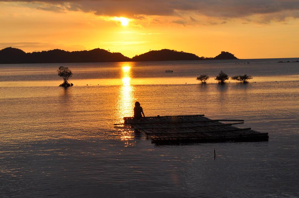 Filipino Sunset by serendipity127