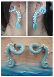 Beachy Fake Gauge Wrap-Around Tentacle Earrings by KittyAzura