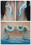 Beachy Fake Gauge Wrap-Around Tentacle Earrings