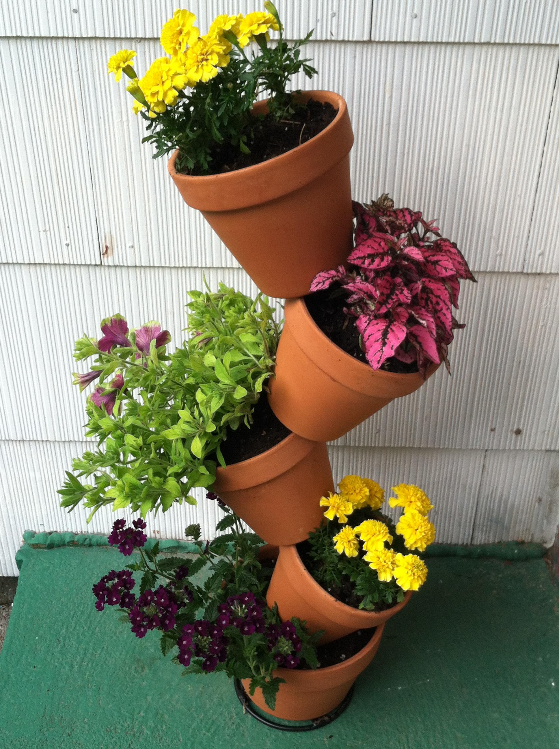Flower Pots by AnimeLeaderVI on DeviantArt