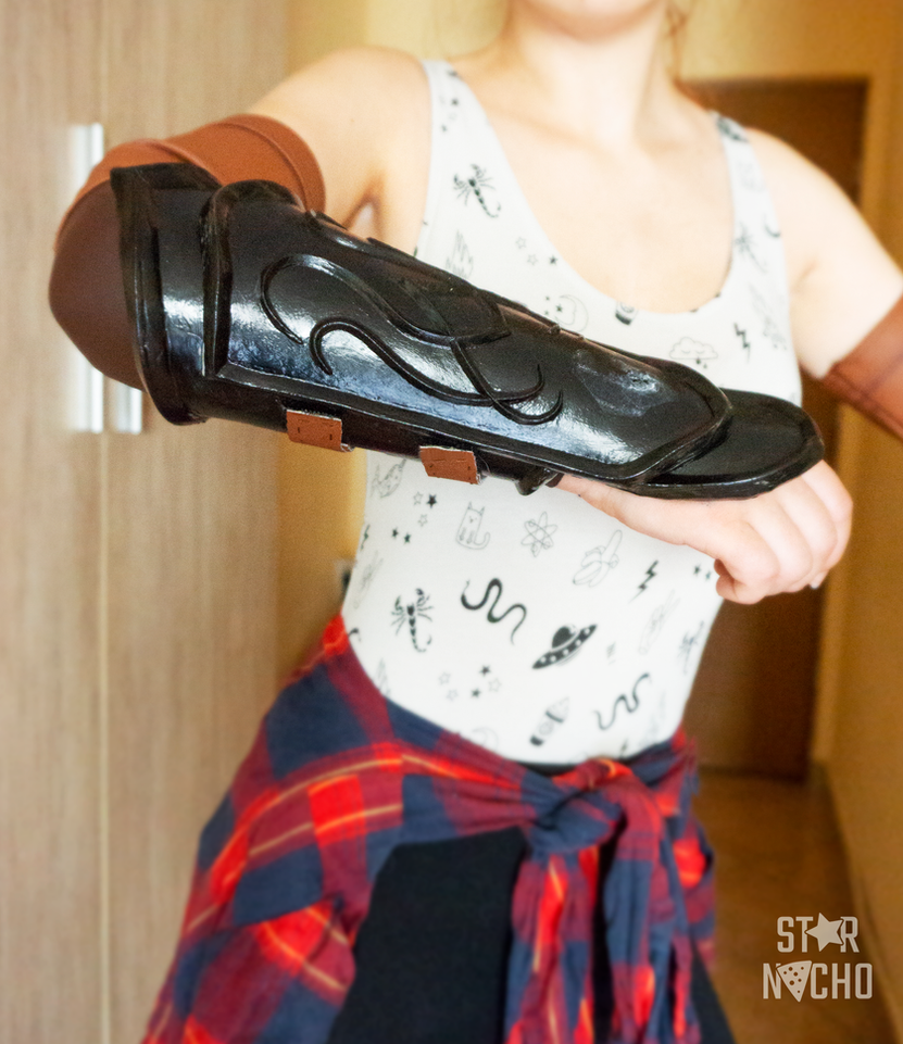 Sylvanas Windrunner cosplay WIP - bracers details by star-nacho