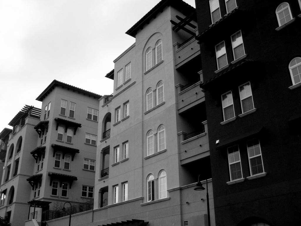 Black and White 4 - Apartments by ~Epsilon60198 on deviantART