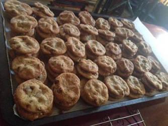 Dark Brown Sugar Chocolate Chip Cookies by CrimsonNirvana