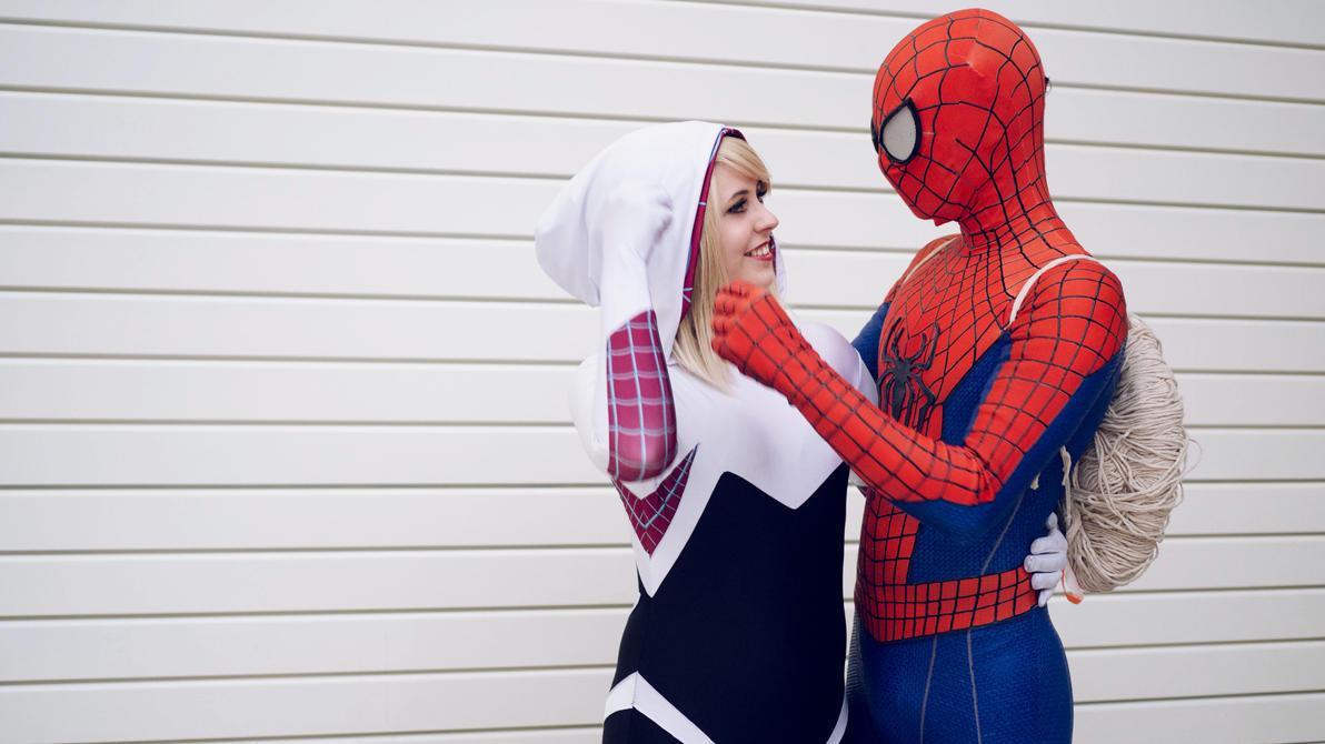 cosplay spider Spiderman and gwen