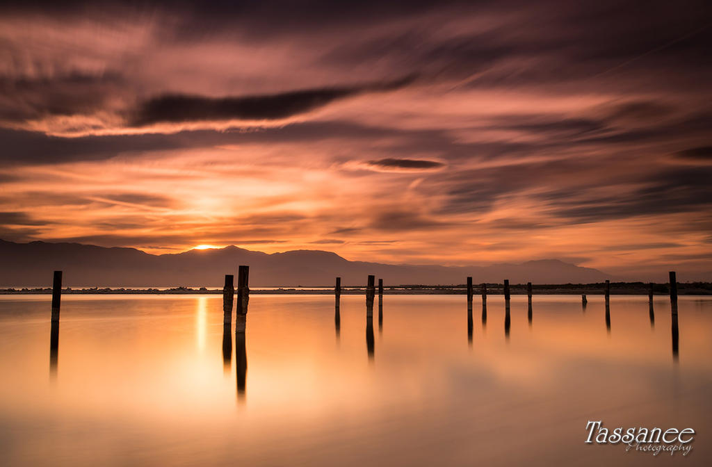 North Shore by tassanee