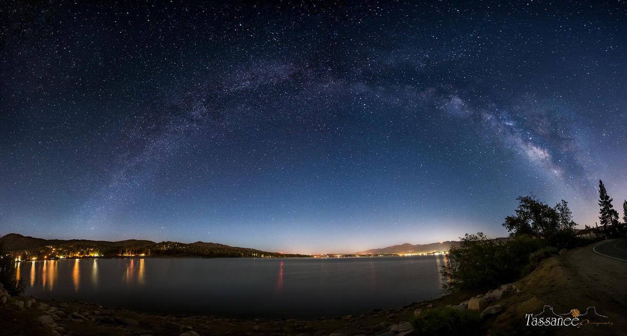 Bigbear Lake by tassanee