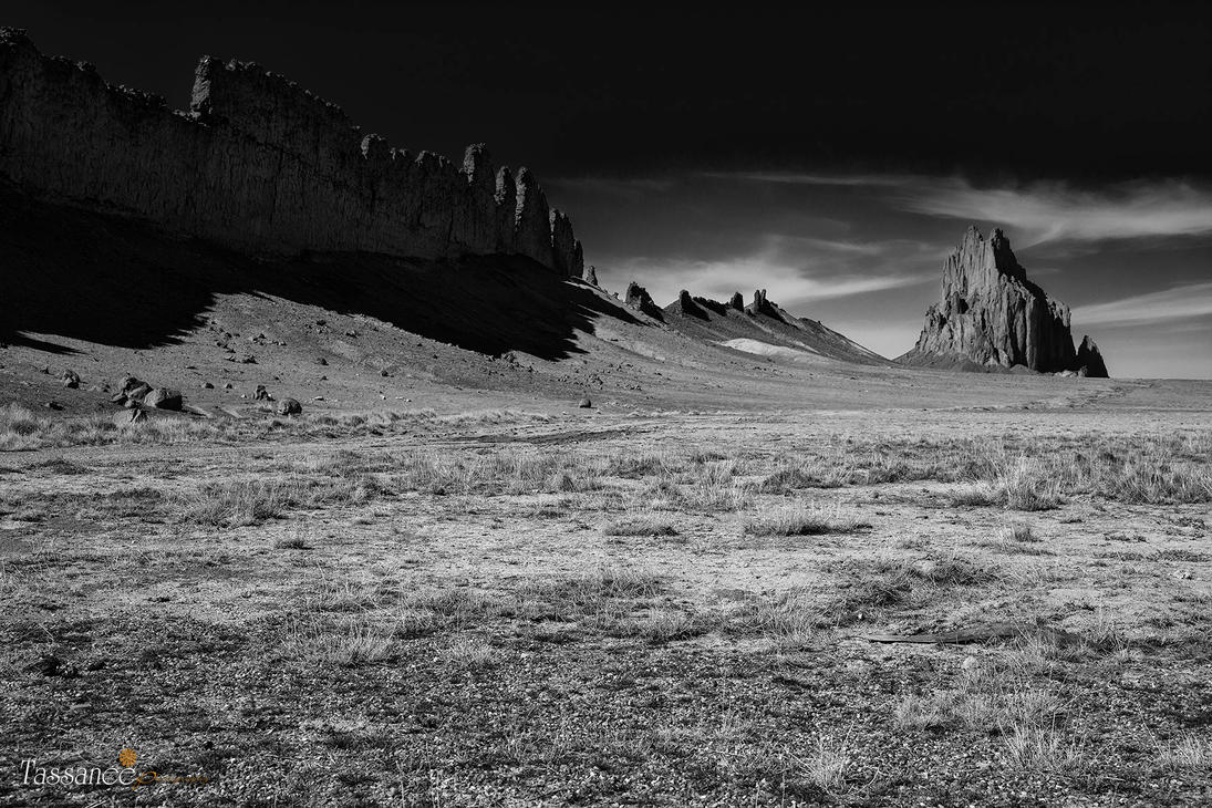 Shiprock by tassanee